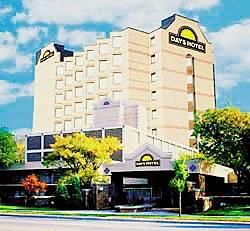media_584_toronto-plaza-airport-hotel-yyz.jpg